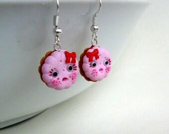 Wide-eyed cookie earrings
