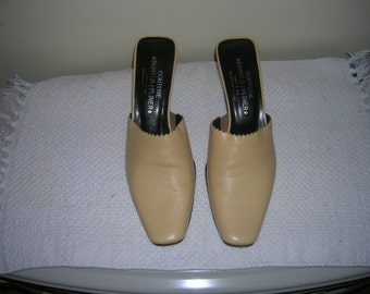 Donald Pliner Couture Vintage Mules Made in italy Beige