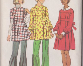 5870 Simplicity  Maternity Short Dress or Tunic in Misses' Sizes from 1973 in Size 14