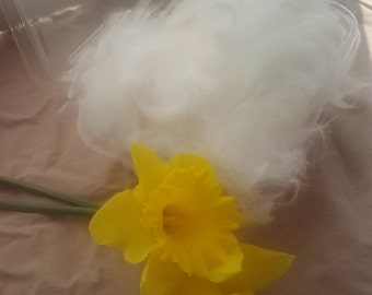 German Angora Fiber in 1 oz cotainers