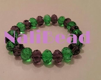 Green/black beaded bracelet with elastic band