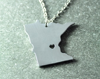 Free shipping - I  heart Minnesota  Necklace - Minnesota Pendant - State Necklace - State Charm - Map necklace - Map Jewelry gift for her