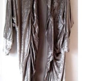 Handarbeit Morgenrock GLANZ Kleid Mantel Samt Silber M 38 NEU Einzelstück ROBE