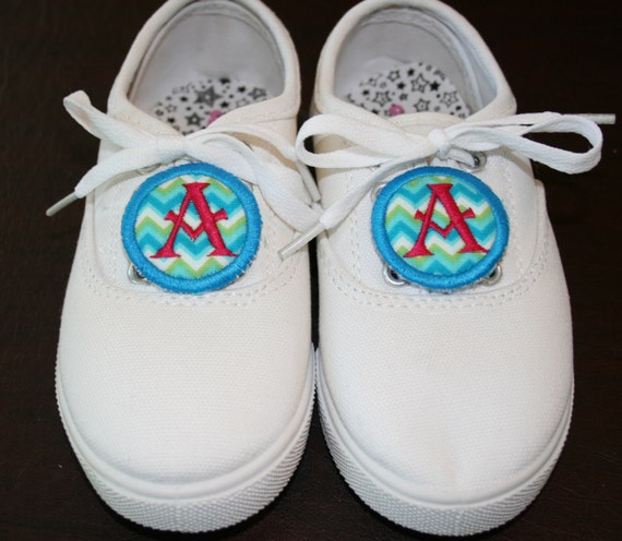 Items similar to Monogrammed Circle Shoe Tags/Charms
