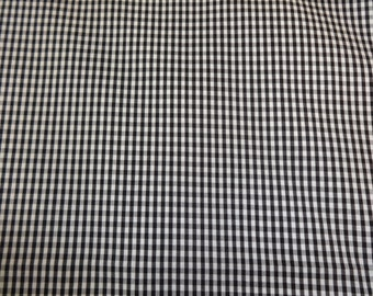 Black & White Checkered Fabric 427