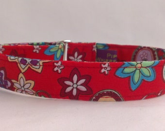 """Tag Collar - Whippet, and Small to Medium Dog - 1"""" width - Adjustable House Collar, Red Floral Paisley"""