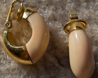 Trifari Clip on Earrings- Peach and Gold- 1950's