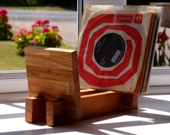 Record Stand/Rack for 7-inch (45rpm) Singles: Vinyl Storage in Solid Oak