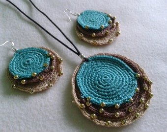 Handmade, crochet necklace, crochet pendant with earrings set, cotton jewelry.