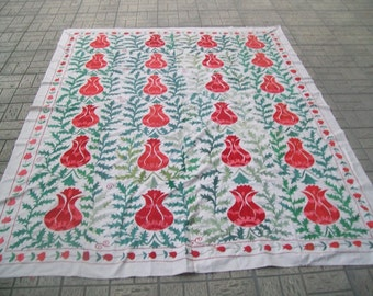 handmade tulip pattern suzani bed cover