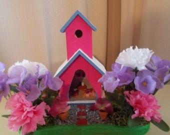 Poppy maroon fairy house