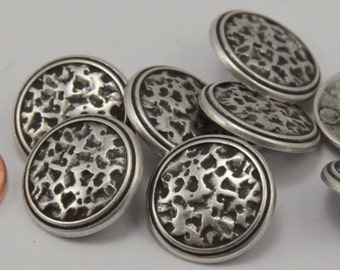 """Lot of 8 Antiqued Silver Tone Shank Metal Buttons Black Accent 3/4"""" 19mm # 6450"""