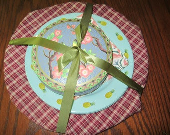 Marble Canyon Dishes (2) and Butterfly Tin