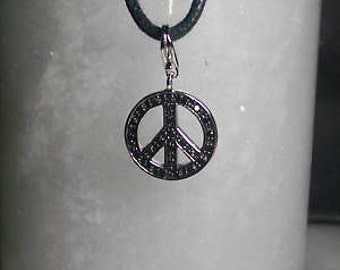 TOM K pendant peace Charms Silver Swarovski Chain necklace lily