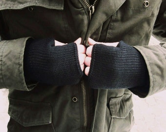 Black Knit Mens Fingerless Gloves, Mittens Cuffs For Him, Mens  Wristwarmers, Trend-Accessories For Him
