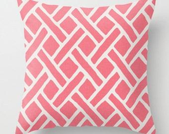 Trellis Pillow in Pink