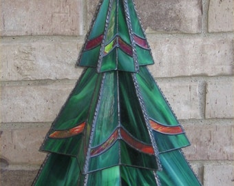Stained Glass Three-Tier Christmas Tree Pattern