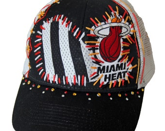 Miami Heat crystal hand-stitched black & white adjustablemesh hat with Swarovski crystals and charm