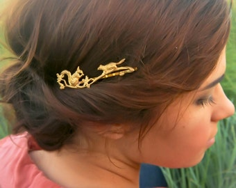 Squirrel Hair Pin Squirrel Hair Clip Two Squirrels on a Branch Bobby Pin Woodland Animal Gold Fall Hair Accessory Cute Squirrels Hair Grip
