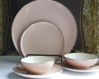 Franciscan Fine China Gladding McBean & Co. Sandalwood Salad Plates 5 Platinum rim