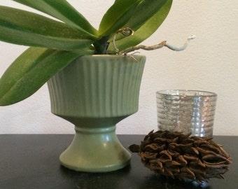 Floraline Pedestal Vase #470