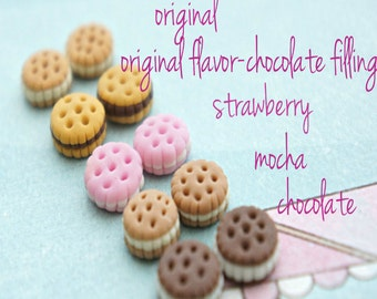 cookie sandwich earrings- miniature food jewelry, food earrings