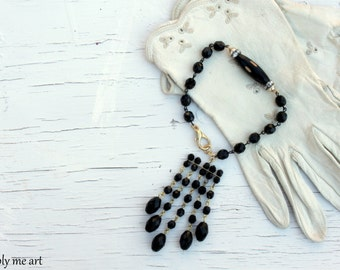 ON SALE...Vintage Black Glass Bead Rhinestone and Pearl Assemblage Bracelet.... Downton Inspired 02