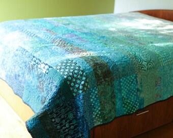 Modern Quilt Custom Made Art Quilt Handmade King Queen Double Twin Size Turquoise Ocean Quilt Contemporary Quilt Fiber Art Sea Bed Quilts