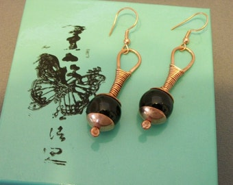 Handcrafted copper earrings with black onyx beads - copper jewelry - copper earrings - stone jewelry - stone earrings