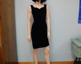 Vintage 80s Little Black Dress, LBD Velvet Body Con, Cocktail Party Dress Size Medium Karen Lucas for NIKI