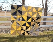 Pinwheel Rag Quilt Sewing Pattern with Triangles, INSTANT DOWNLOAD