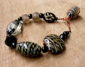 Black & Gold Glass Bracelet,African Beaded Bracelet,Tribal Jewelry,Gray, Lampwork