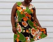 Vintage Hawaiian Sundress // Vintage Plus Size Dress // 60's Mod Floral Sun Dress