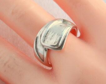 Vintage Sterling Silver Modernist Ring Vintage Wrap Band Size 7.5