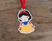 Snow White & Friends Party - Set of 10 Snow White Favor Tags by The Birthday House