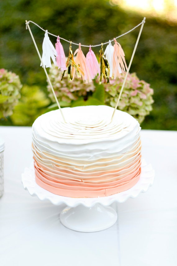Mini-Tassel Cake Topper - Creamsicle
