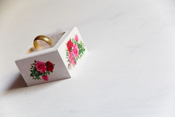 Tiny Ring Bearer Box with Roses - Pillow Alternative Elegant, Rustic