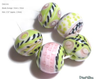 FLIRT BOBS Handmade Lampwork Beads  Pink Green Black and White Mix  -  Set of 5
