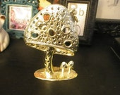 Vintage mushrooms earring holder
