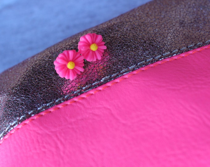Hot Pink Daisy Post Stud Earrings.