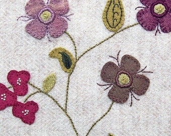 Jacobean Flower Wool Applique, Hand Embroidery / Pattern / Jac 014