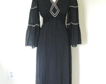 Vintage 70s Bohemian Goddess MAGICK dress / braided trim cotton gauze maxi dress / Renaissance  flare sleeves