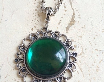 Green Jewel Necklace, Emerald Green Cabochon Necklace, Green Victorian Necklace, by MinouBazaar