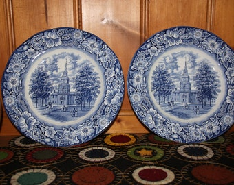 LIBERTY BLUE Staffordshire -2 Ironstone Plates -Historical INDEPENDENCE Hall ,Philladelpia Penn