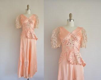1940s vintage dress / 1940s peach lingerie dress