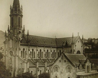 Vevey, Switzerland 'The Catholic Church' - Vintage  Postcard