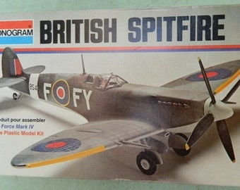 Model Airplane British Spitfire 1/48 scale kit Monogram RAF Fighter Plane Royal Air Force WWII British Aircraft  Military Aviation Flying