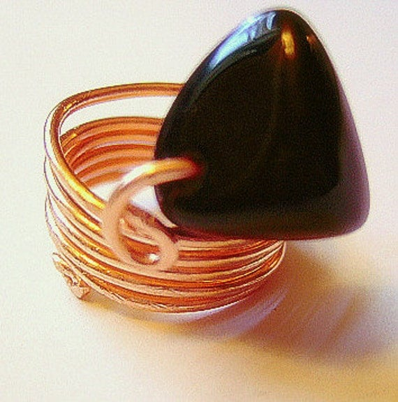 Sale--from 26.00 to 15.00--Little Gem Ring, Size 6 to 7, Black Stone & Copper for Women, Gift for Her, Handmade Jewelry on Etsy