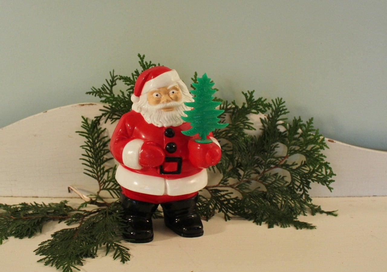 Vintage Plastic Light Up Santa Claus With By Robinseggbleunest