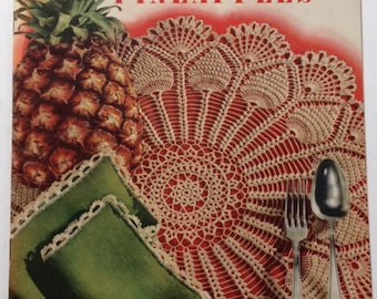 Vintage Crochet Pattern Book 1952 Pick of the Pineapples Coats & Clarks Tablecloth Doily Pillow Case Towel